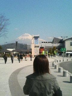 富士急ハイランドに行ったけど、「超・戦慄迷宮」二人の卒業式が怖すぎた