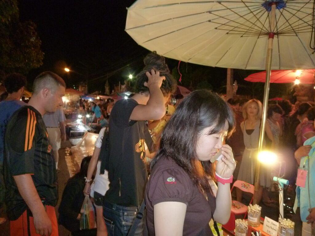 チェンマイ サンデーナイトマーケット