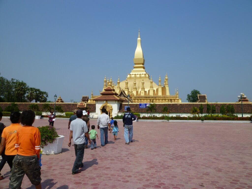 ラオスの仏塔のタート・ルアン