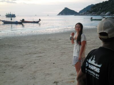 今日の美女 タオ島であっためっちゃかわいい女の子