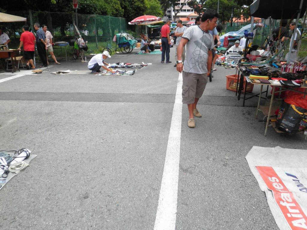 リトルインディア がらくた市 シンガポール