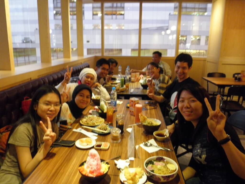 日本語学校の生徒 fairwell party