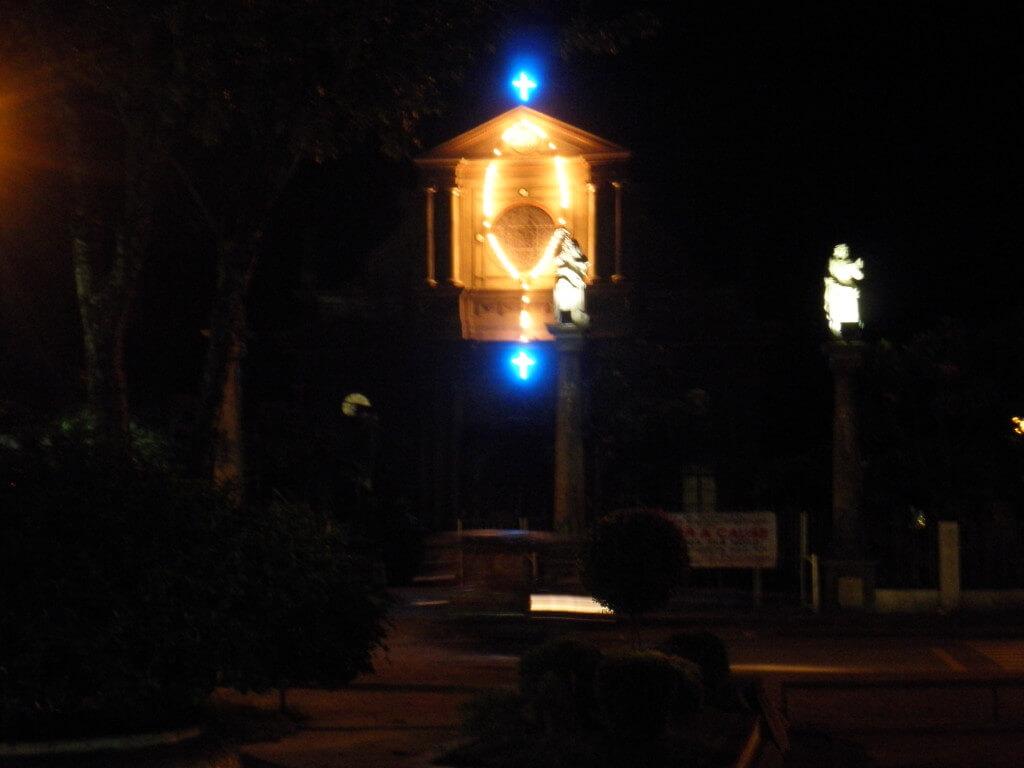 教会 ライトアップ ドゥマゲッティ
