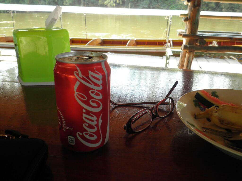 今日のコーラ 一人メシ