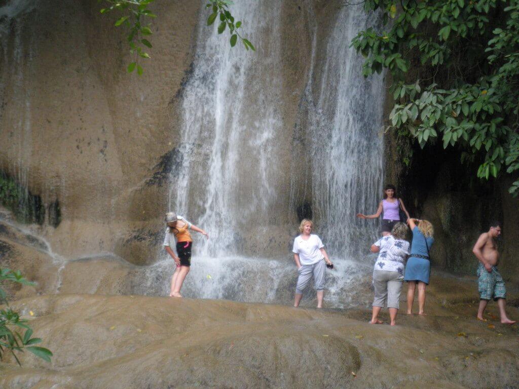 カンチャナブリツアー 滝