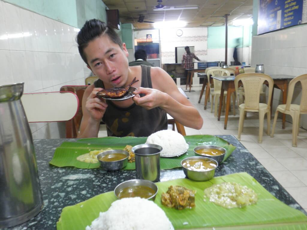 ミールス バナナの葉 南インド料理