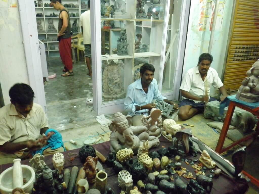 石細工 職人 インド マハーバリプラム