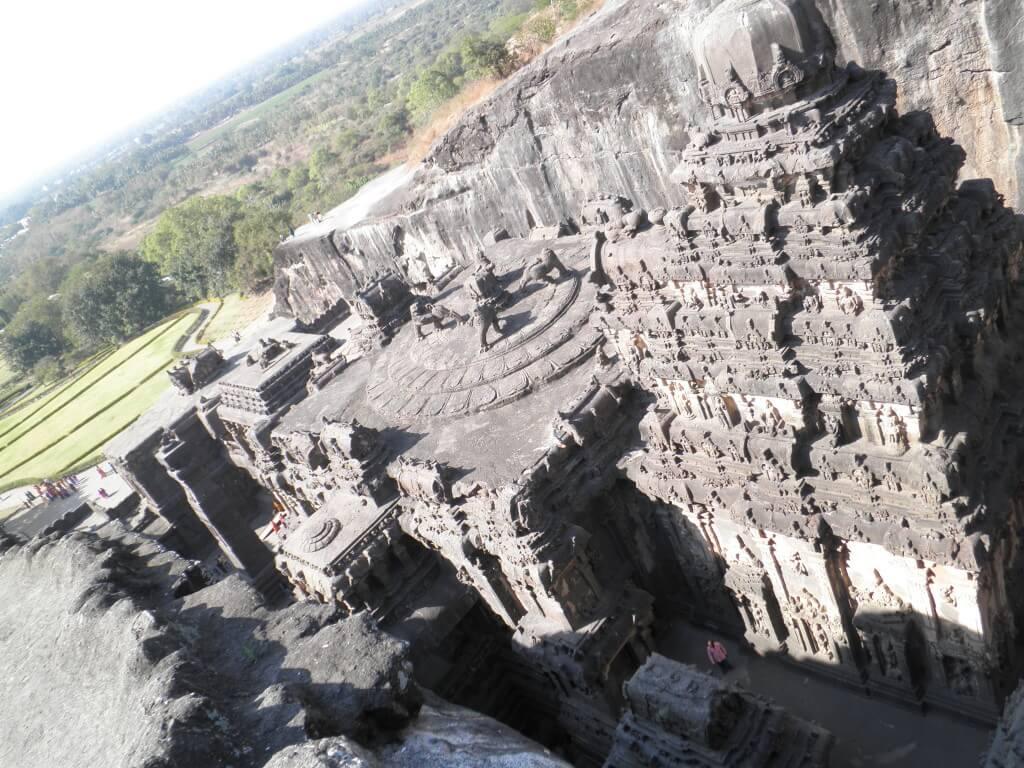 カイラーサナータ寺院 上からの景色 エローラ