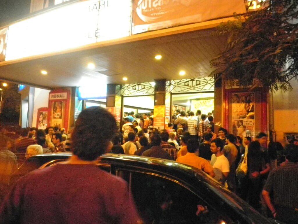 映画館 ムンバイ ボンベイ