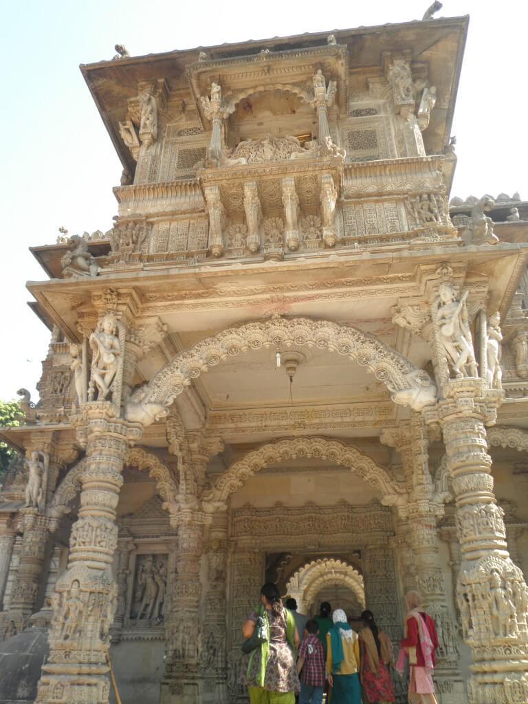 Hatheesingh jain temple (ハーティースィン・ジャイナ教寺院) ジャイナ教