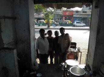 インドでは狂犬病に注意!新年一発目の元旦に犬に噛まれました