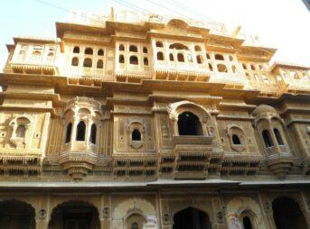 インド旅行者注意!ジャイサルメールのホテルレヌカ(Hotel Renuka)は最悪の宿だったよ