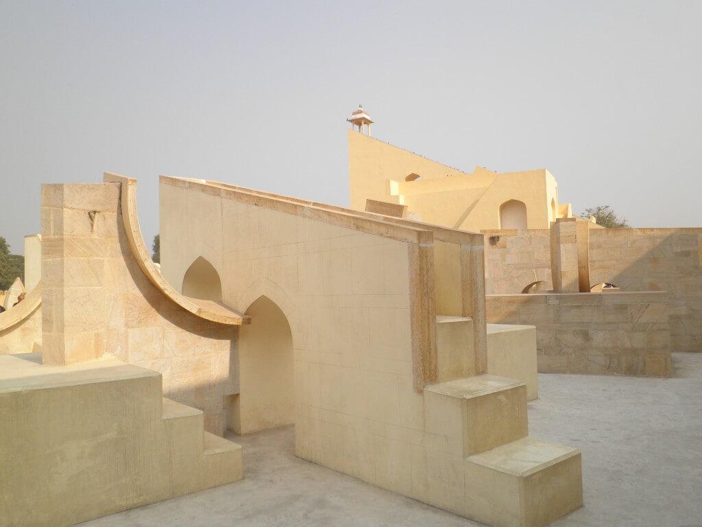 ジャイプル ジャンタル・マンタル 風の宮殿 博物館 寺院 ツアー