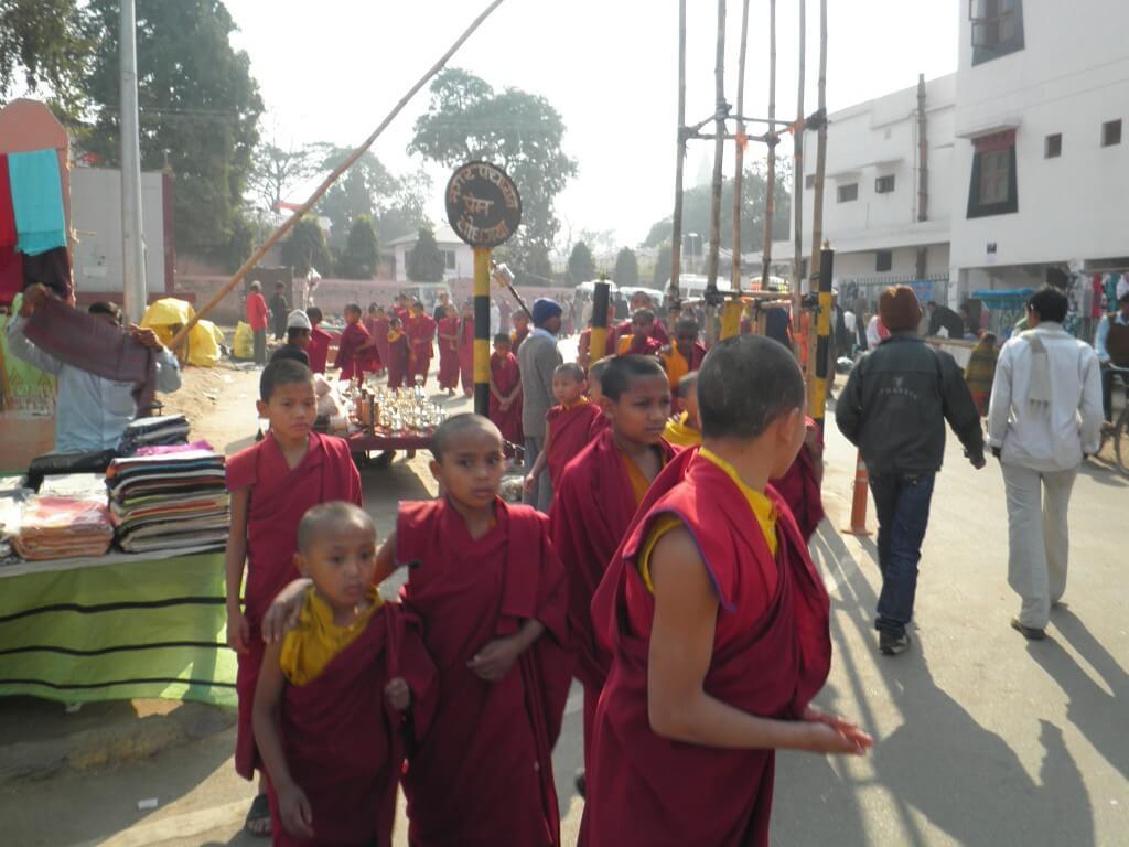 ブッダガヤ 僧侶 子供