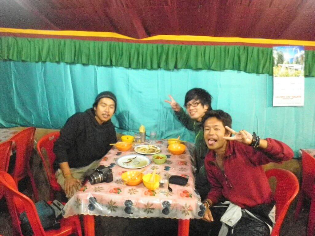 ブッダガヤ チベット料理