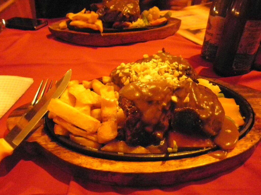 エベレストステーキ ポカラ 水牛ステーキ
