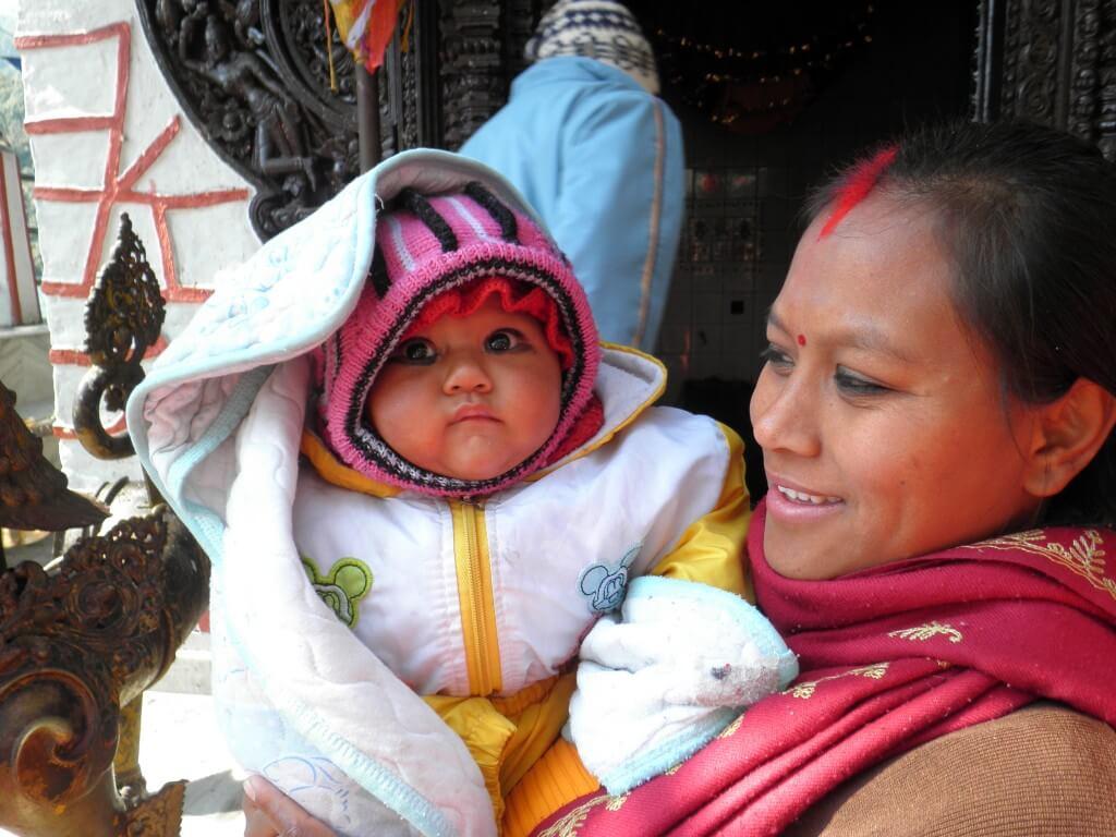 ポカラ 子供 ネパール人 かわいい