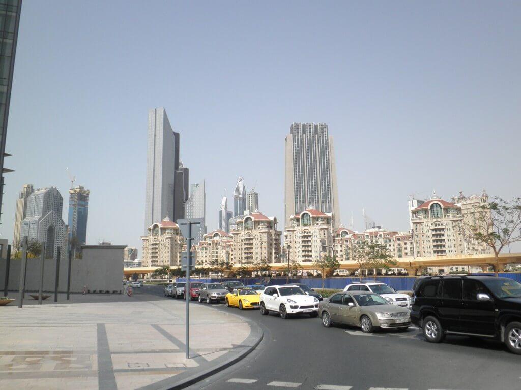 アラブ首長国連邦ドバイってどうなの?やっぱり金持ちの国なの??