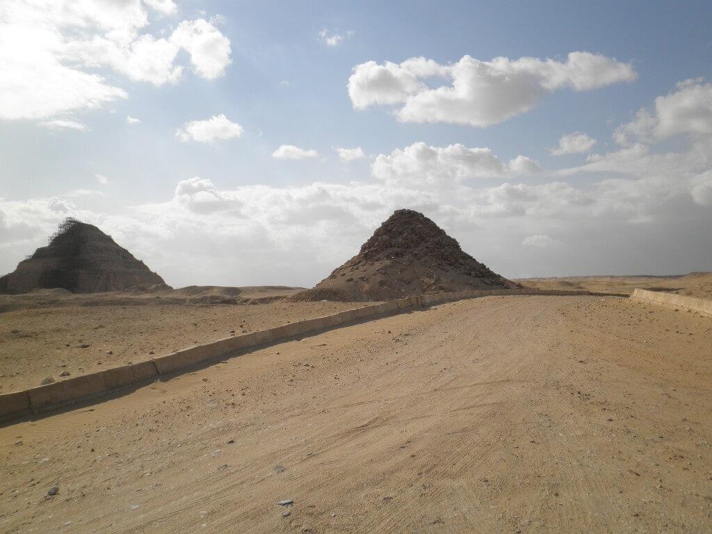 テティ王とウナス王のピラミッド ギザ