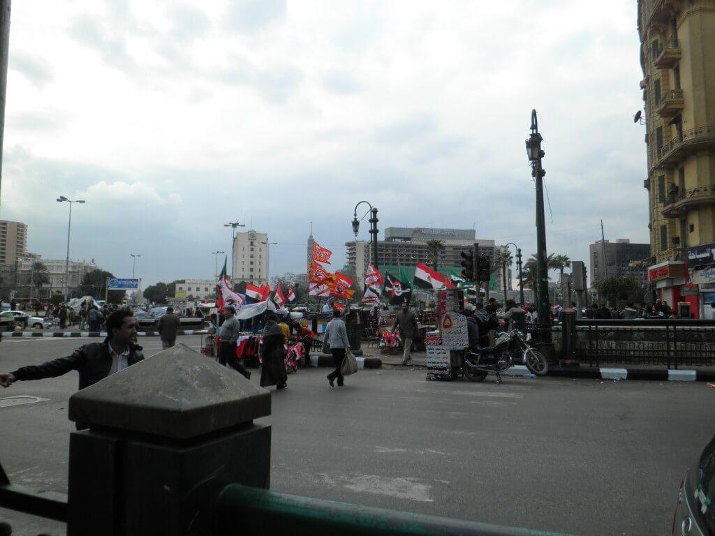 エジプト革命 タフリール広場前 デモ