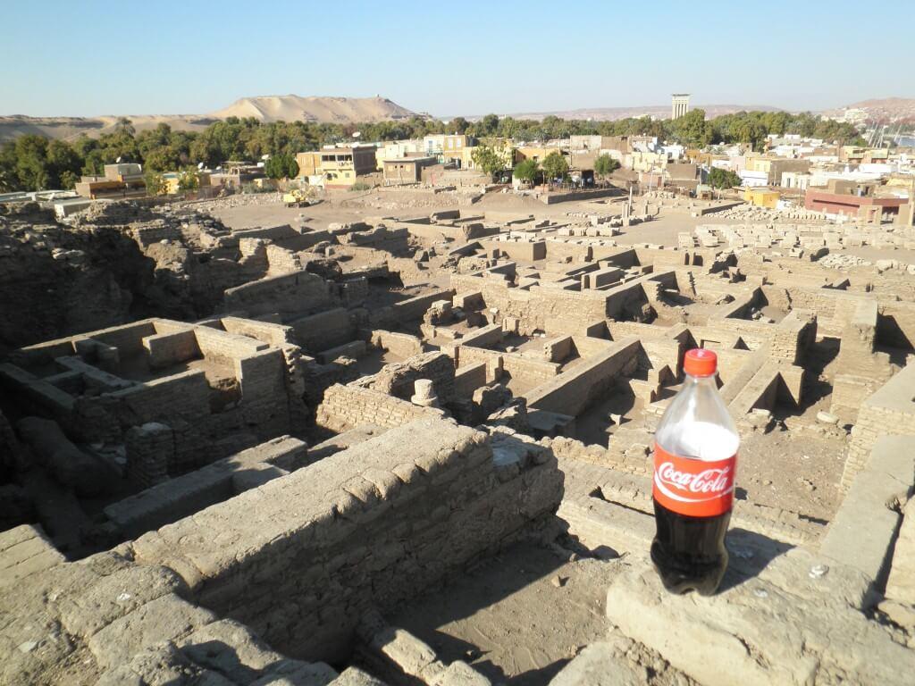 今日のコーラ ヌビア神殿と