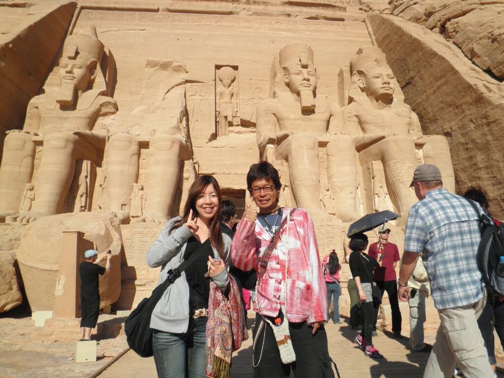 アブシンベル神殿ツアー 切りかけのオベリスク