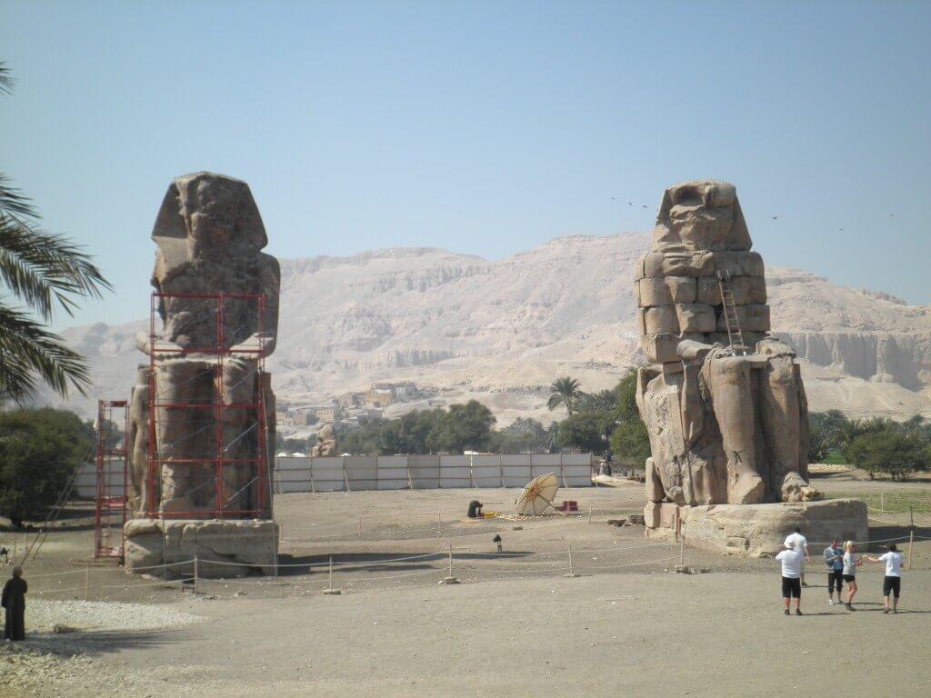 メムノンの巨像 ルクソール