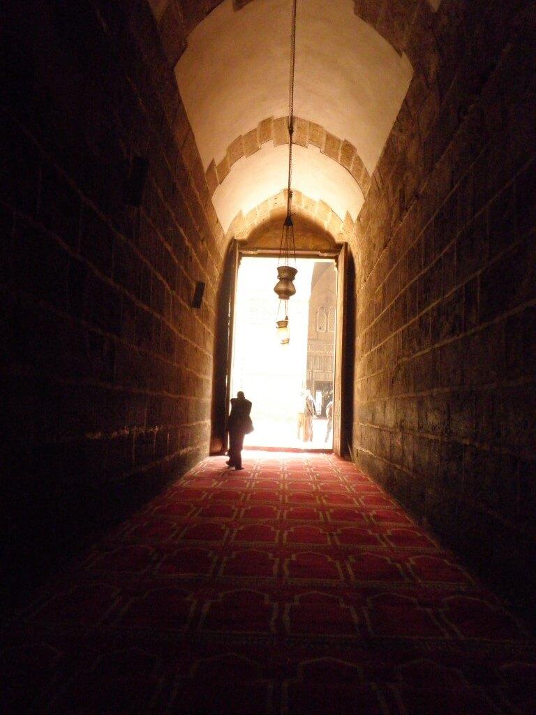カイロではピラミッド以外にも観光するところはあるんです!オールドカイロのイスラム地区とか!