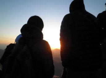 シナイ山を観光する人が知っておきたい登山する時間やツアー内容を説明するよ