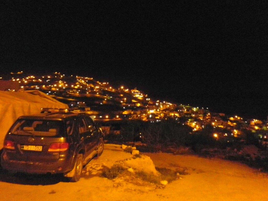 ワディムーサ ペトラ遺跡 夜景