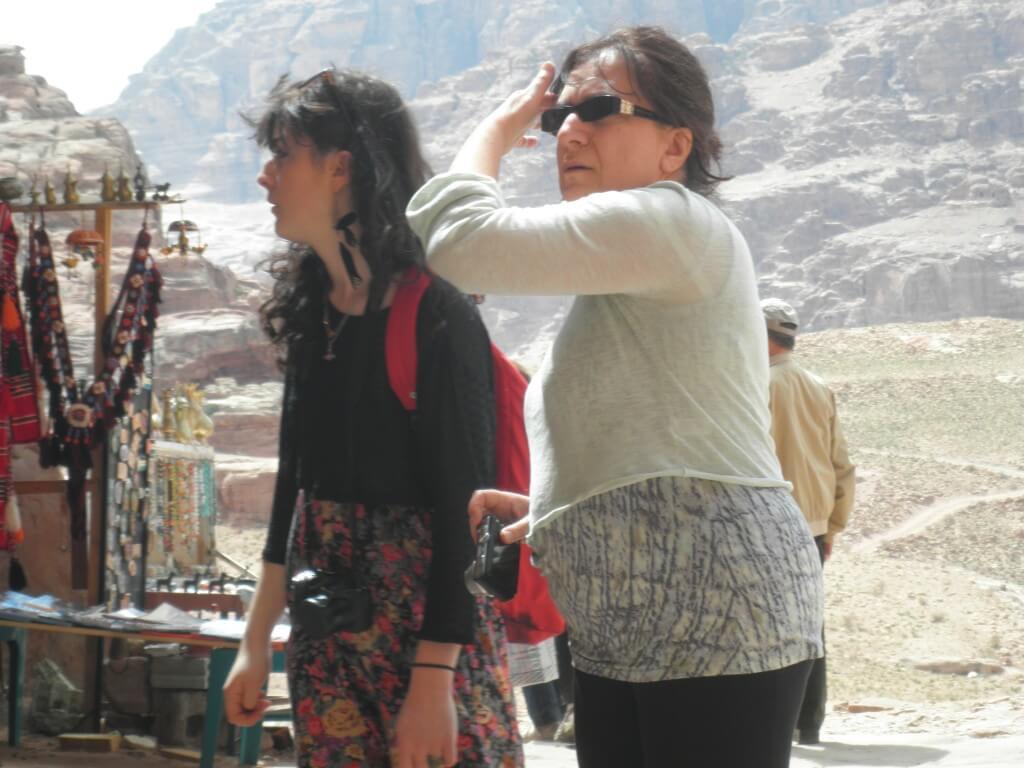ペトラ遺跡 観光客 かわいい