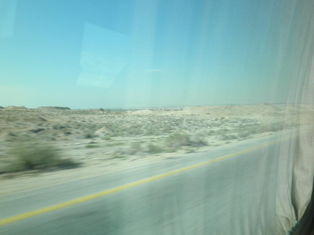 ヨルダン イスラエル 国境越え
