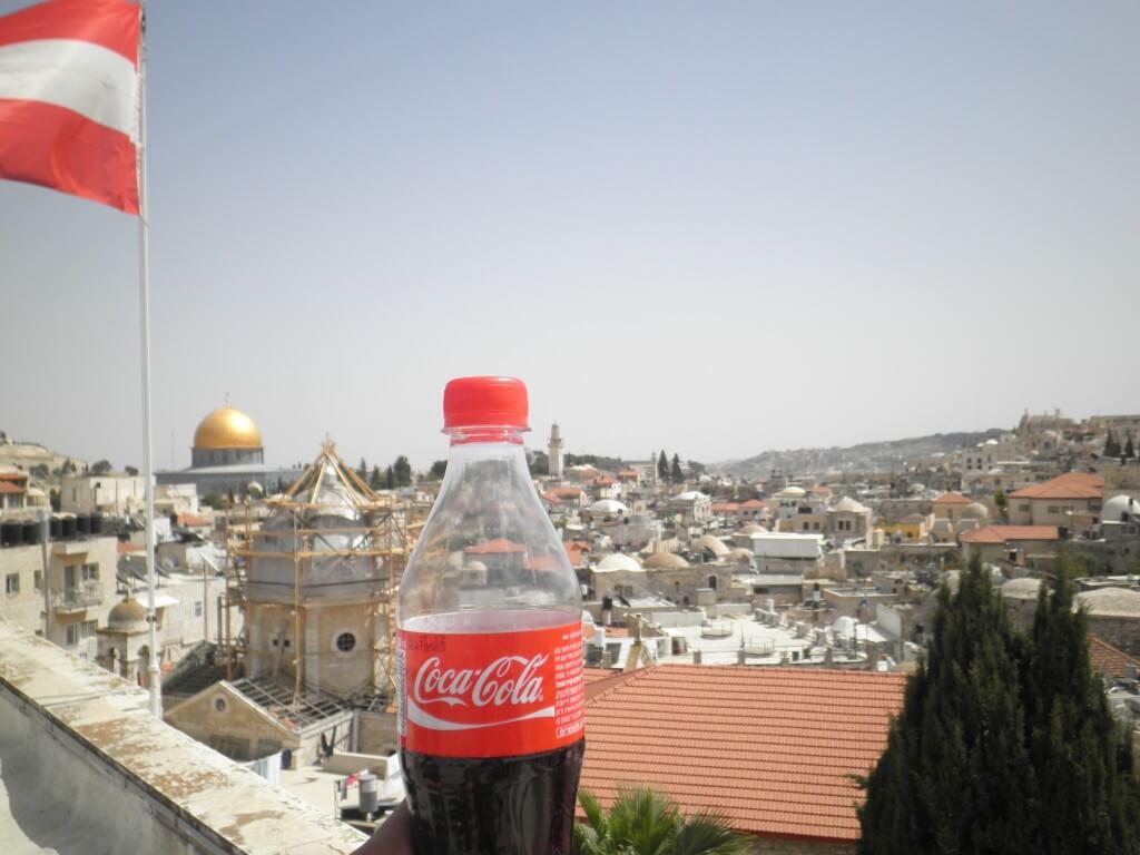 今日のコーラ エルサレムの街並みと