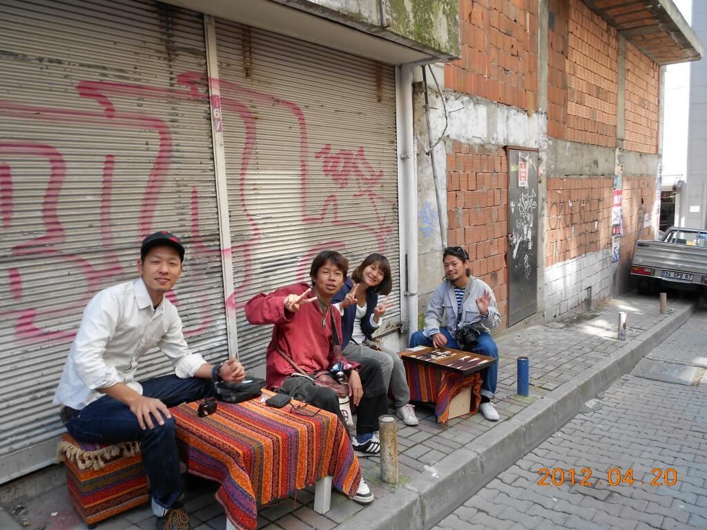 イスタンブール アジア街 アップルティー