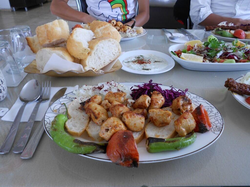 ギョレメ ローカルレストラン トルコ料理