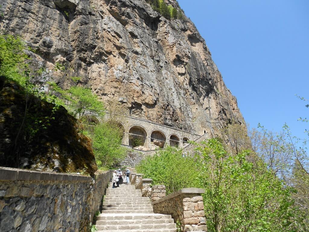 トラブゾン スメラ僧院 のぼり階段