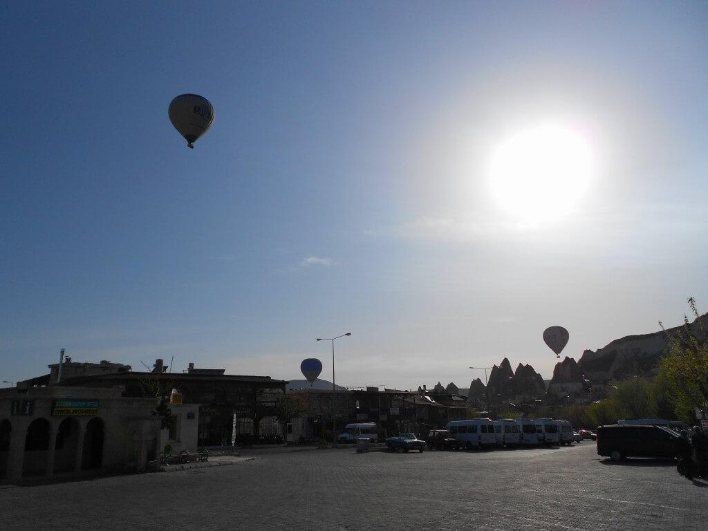 カッパドキアの気球朝日ツアーは90ユーロ!!年々値上がりしています!!