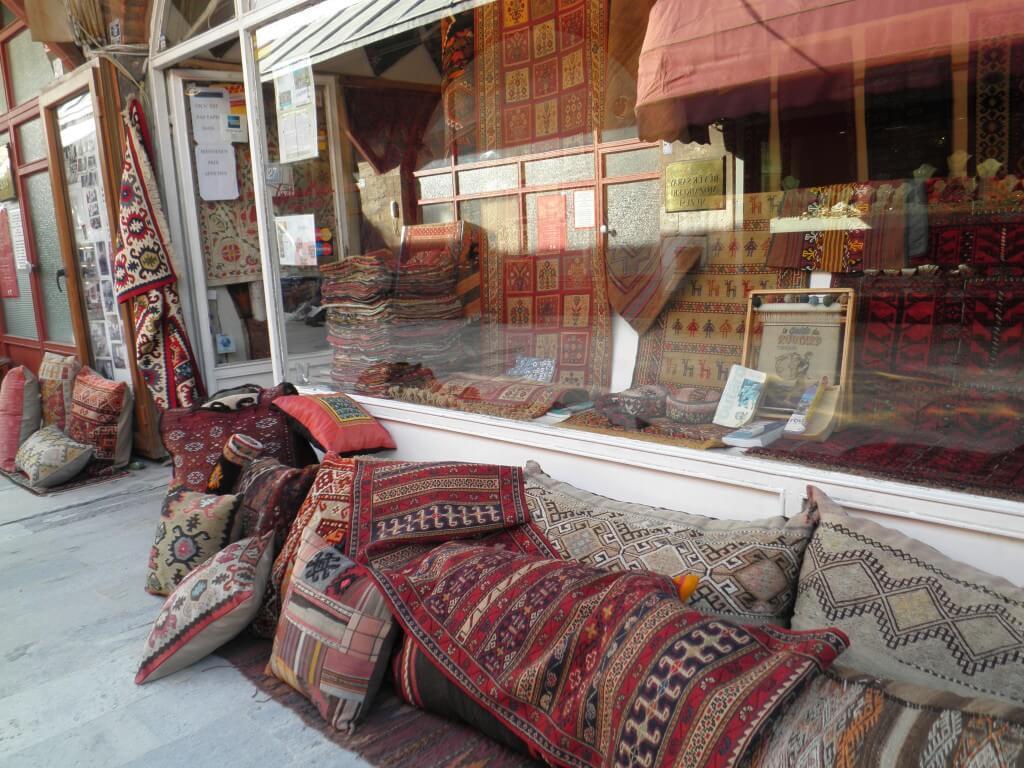 トルコ イスタンブール お土産 トルコ絨毯
