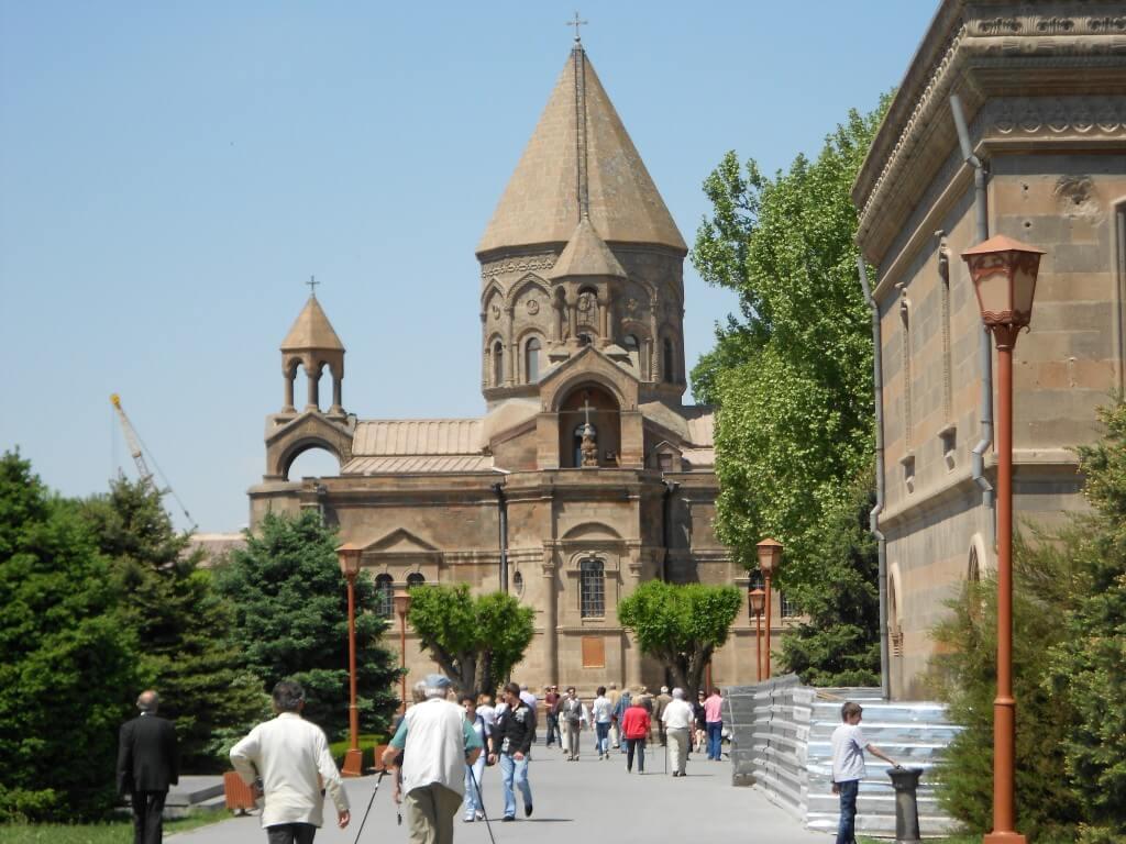 アルメニア総本山 「エチミアジン」