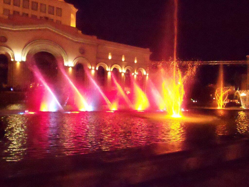 噴水ショー アルメニア エレバン