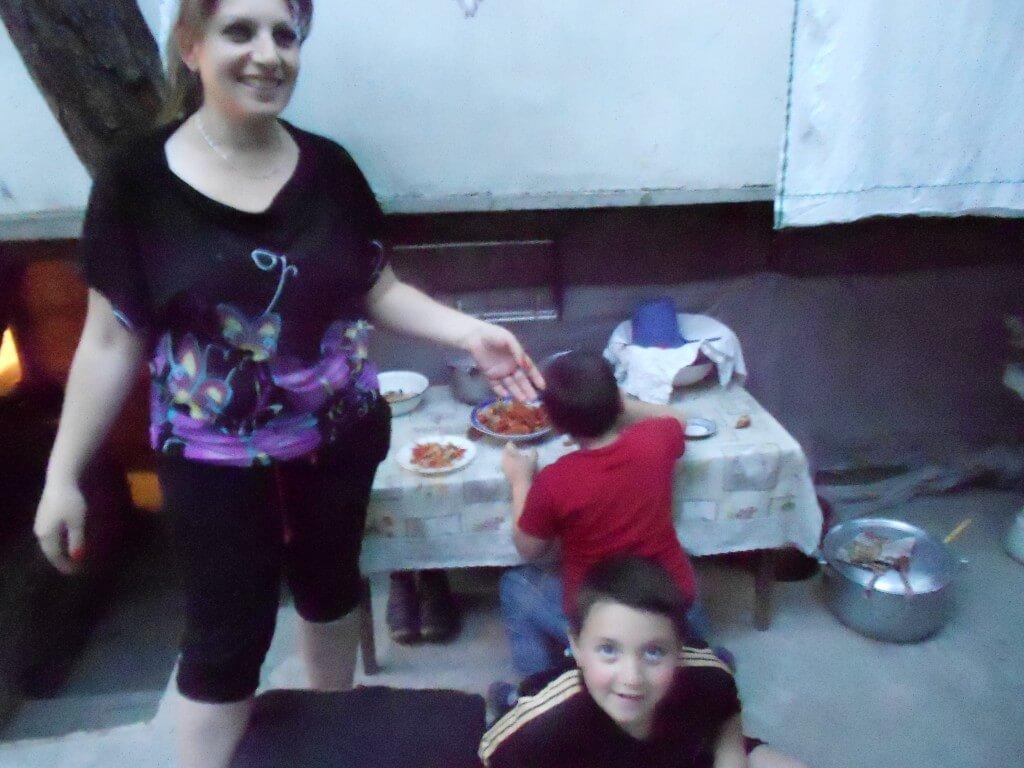 リダの家の娘さんと孫2人