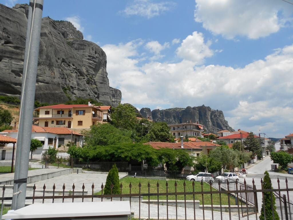 メテオラ修道院群観光へ!各修道院は休日が異なるので要注意ですよ!