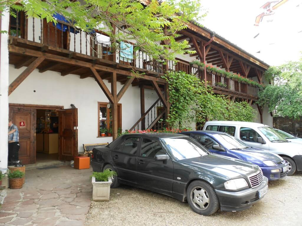 ブルガリアのソフィアの安宿と言ったらレビュー満足度満足度99%のホステル モステル ソフィア(Hostel Mostel Sofia)