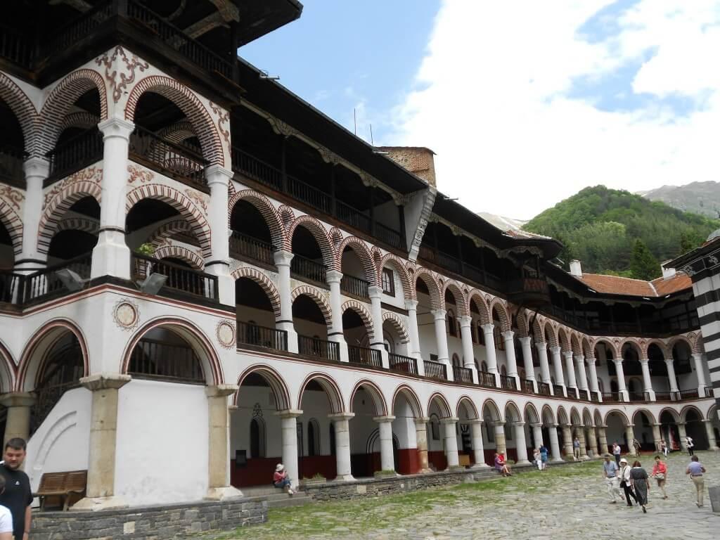 リラの僧院では今は使われていない修道院を宿泊施設