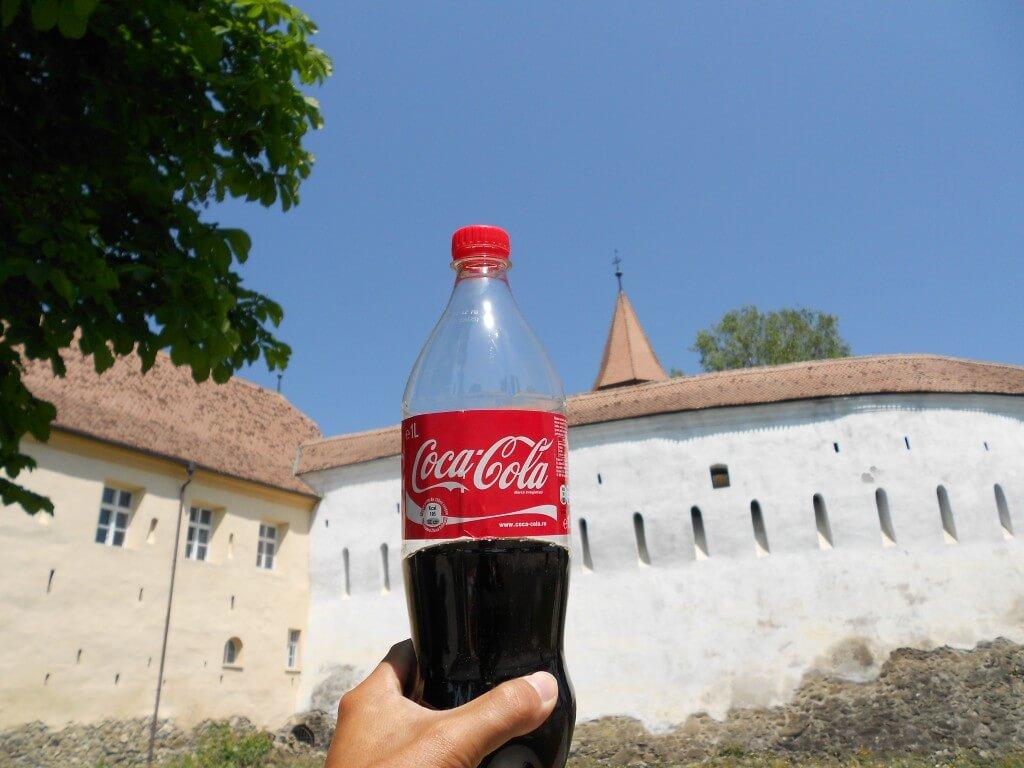 今日のコーラ 要塞教会に乾杯