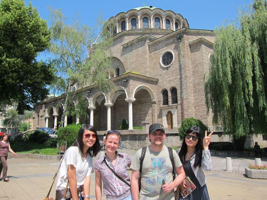 ブルガリア ソフィアのフリーウォーキングツアードバイ在住の台湾人 CAリサとルーマニア在住 韓国人のリー