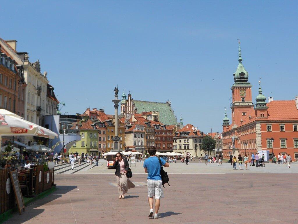 ワルシャワ 旧市街 完全復興 第二次世界大戦後