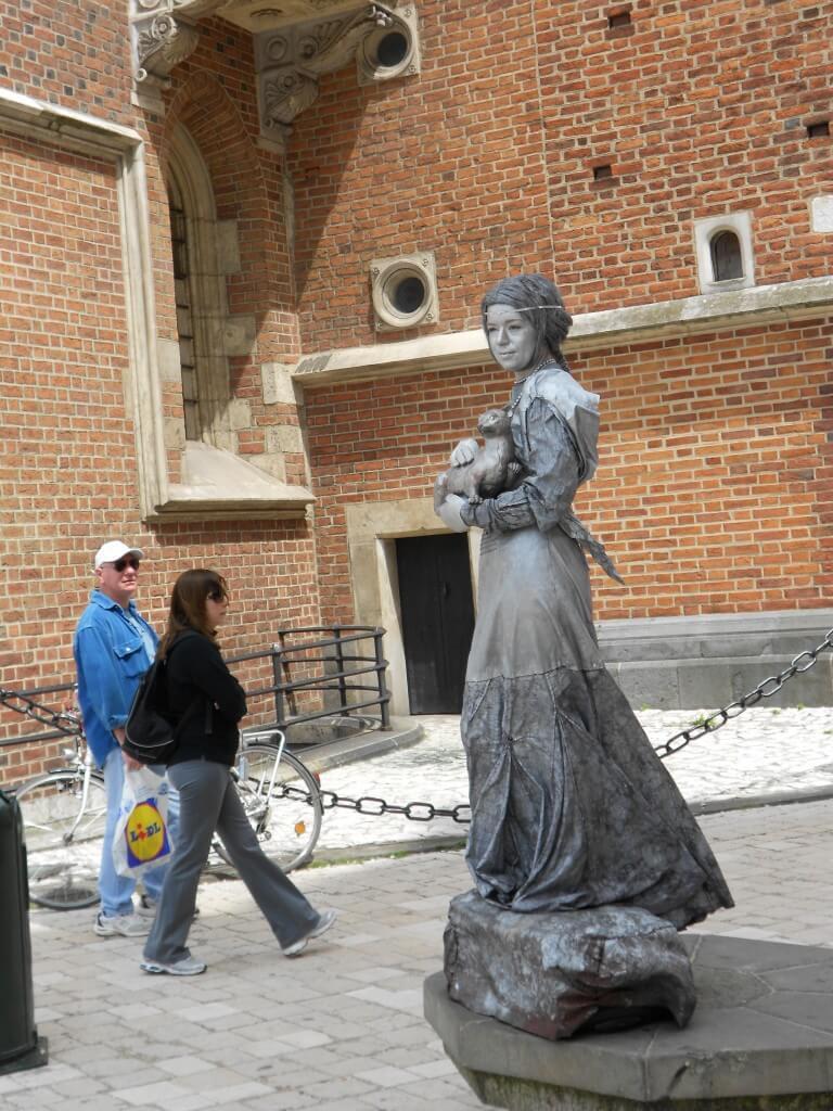 ストリートパフォーマー 石像 クラクフ ポーランド
