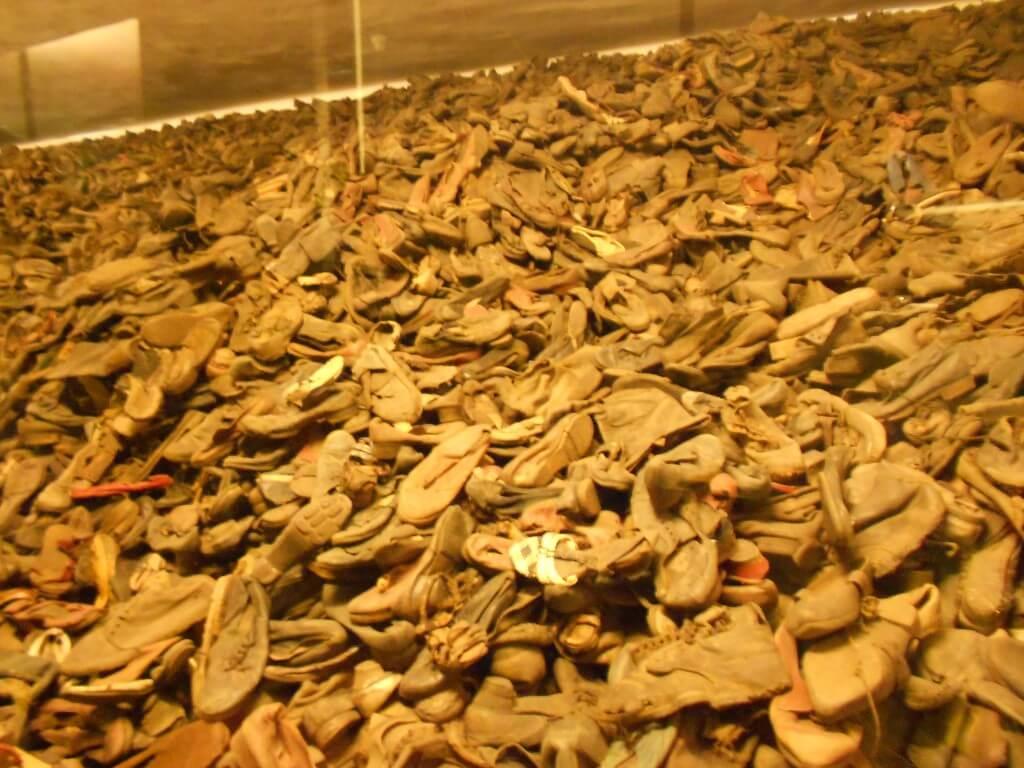 靴 アウシュビッツ強制収容所 クラクフ ポーランド