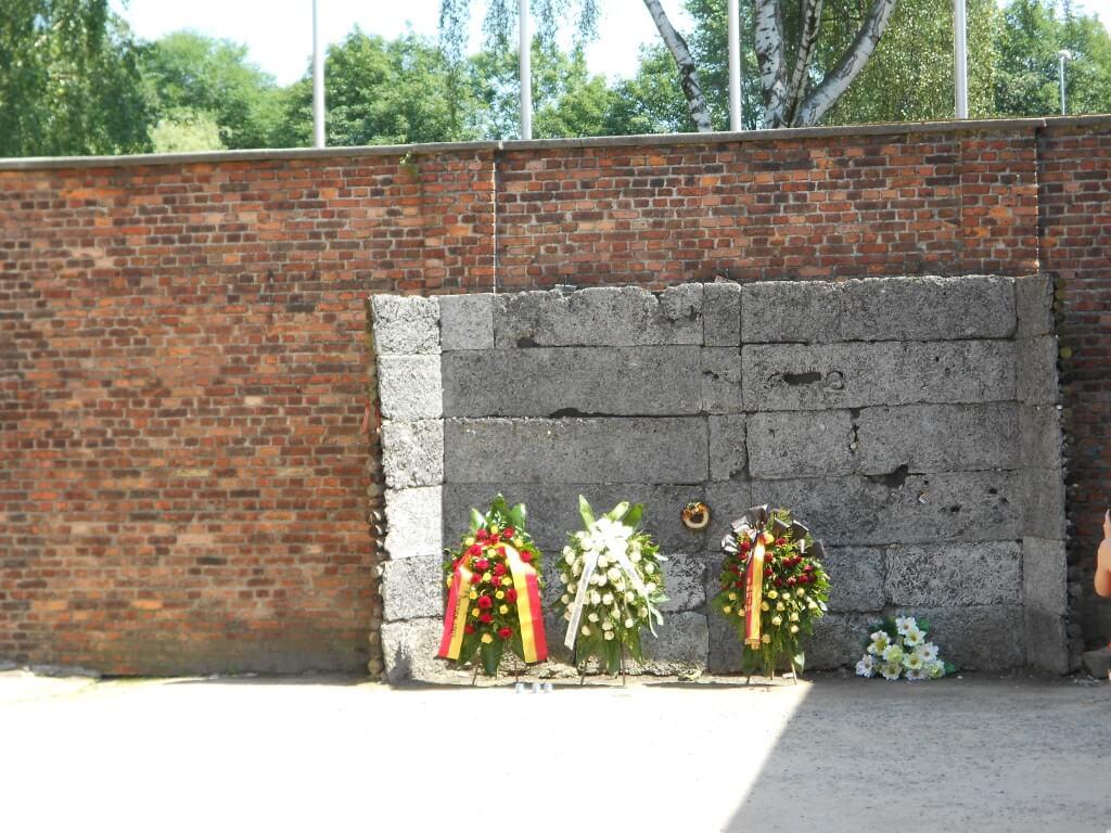 銃殺刑 アウシュビッツ強制収容所 クラクフ ポーランド